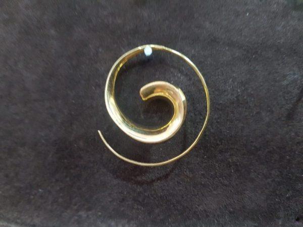 Pendiente espiral liso