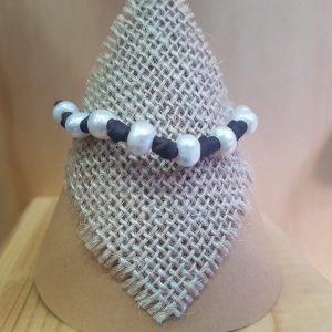 Pulsera perlas y nudos (chica)